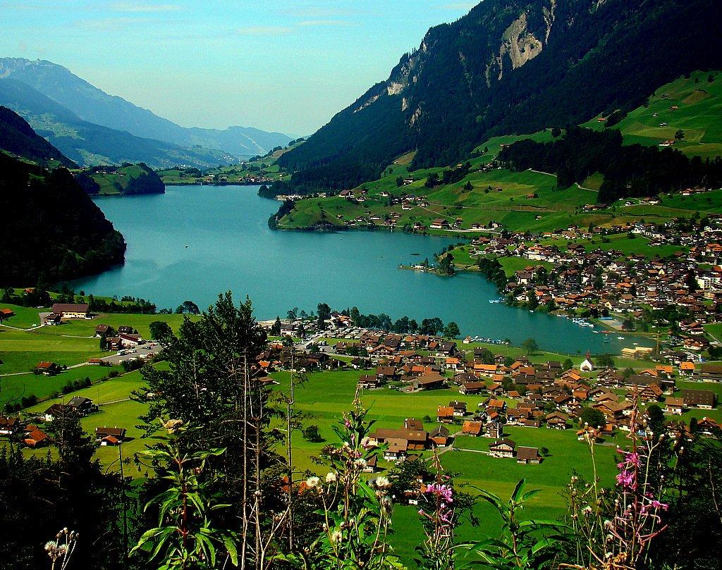 Alpii si parfumul Mediteranei – Uniqa Travel